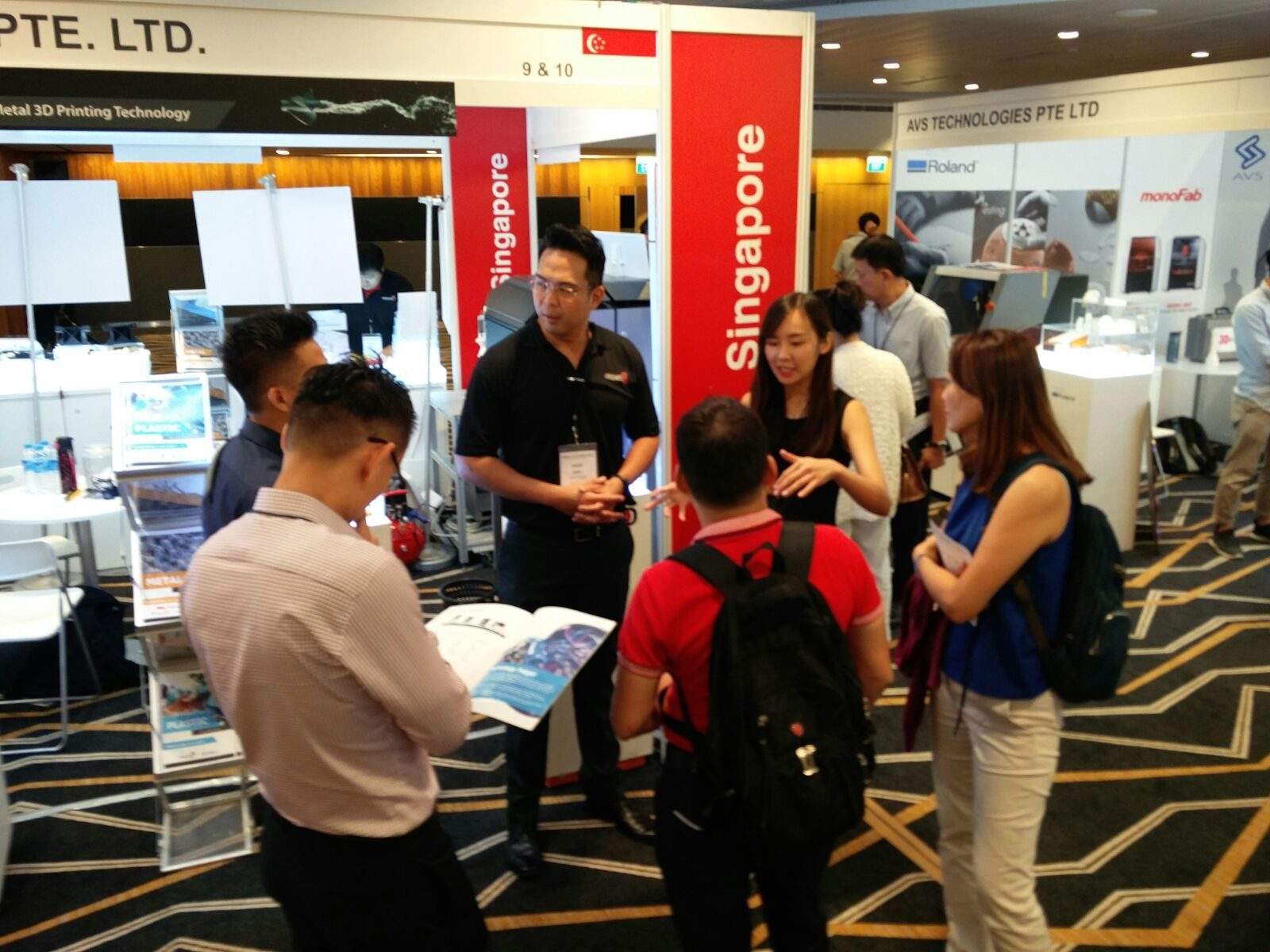 D Printing Exhibition In Singapore : Inside d printing conference expo singapore creatz