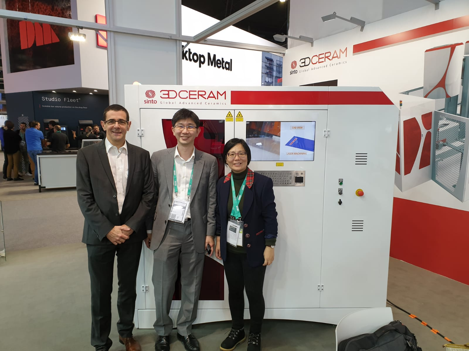 Richard Gaignon (L) from 3DCeram Sinto, Sean Looi, and Dr. Ma Sha (R) from NUS.