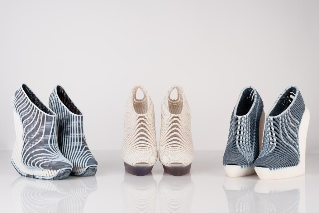 3D printed woven shoes by Ganit Goldstein.
