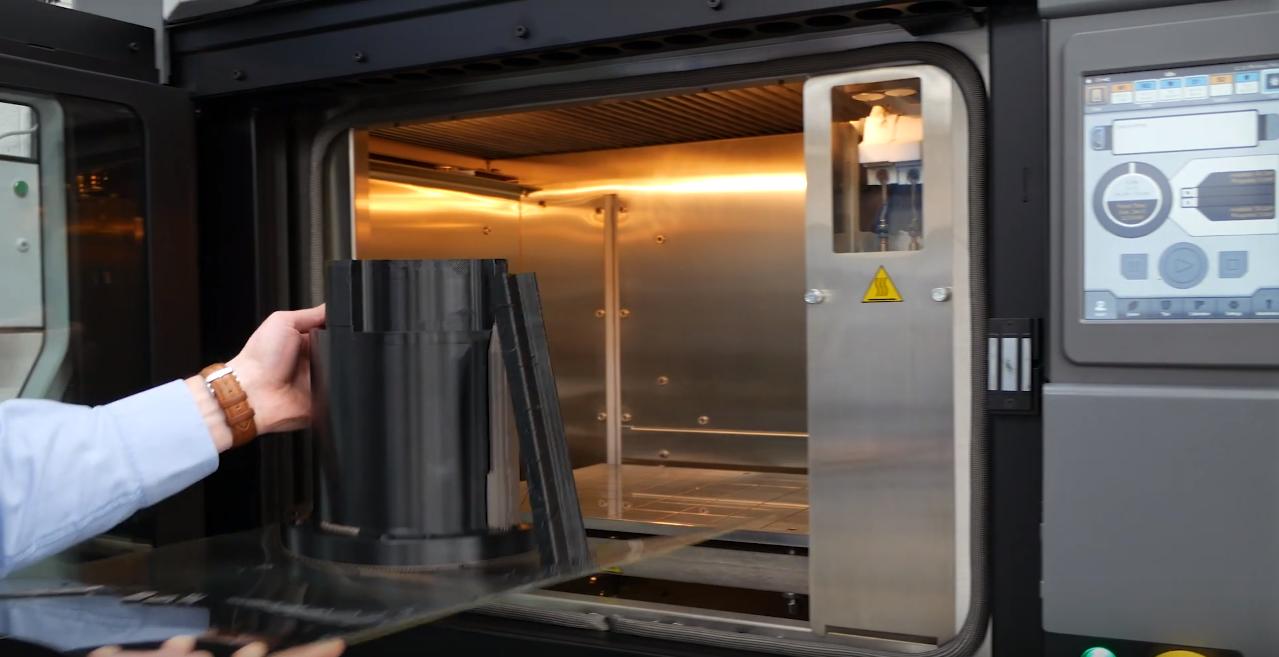 Brown & Holmes đưa vào sử dụng máy in 3D Stratasys F170 và Fortus 450mc
