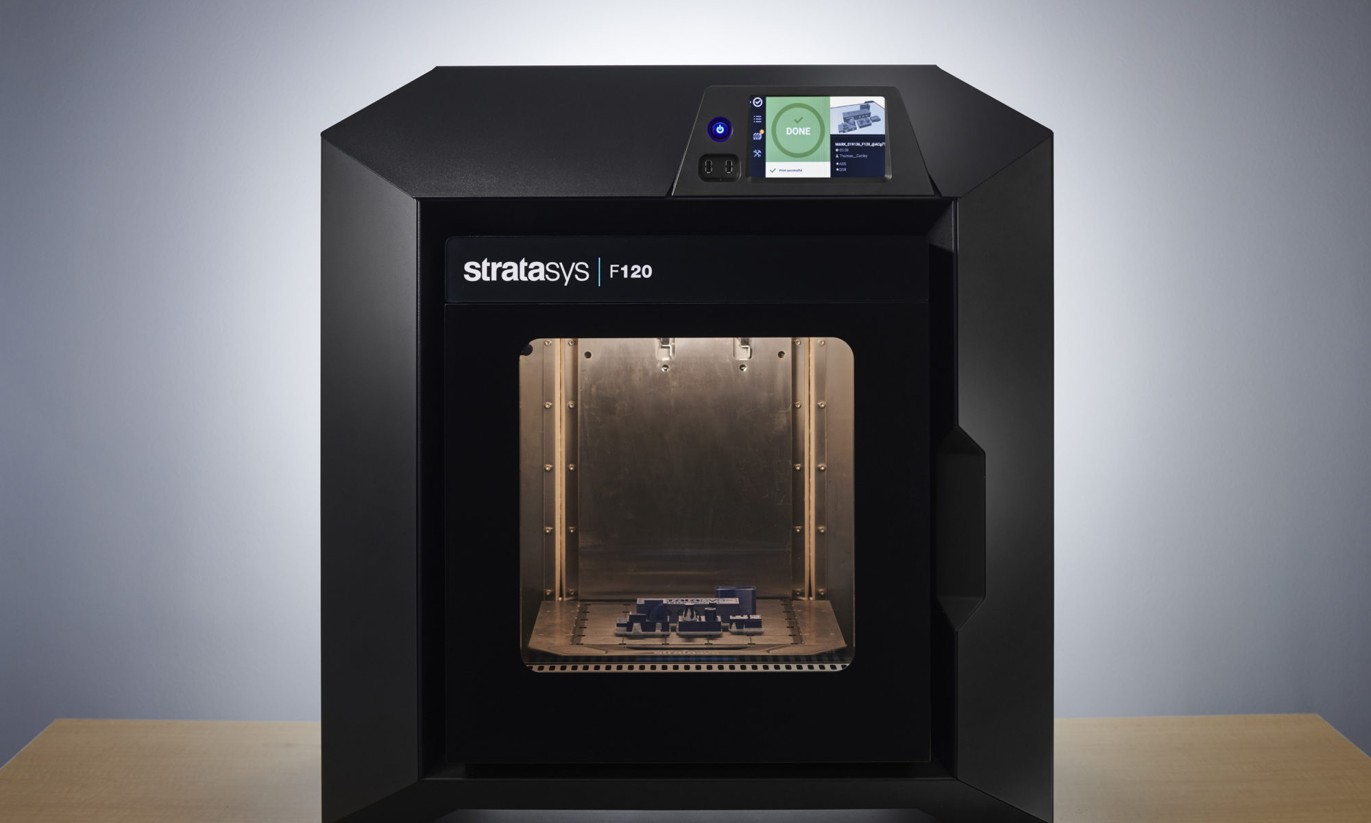 Stratasys F120 makes it simple for novices to get started with 3D printing.