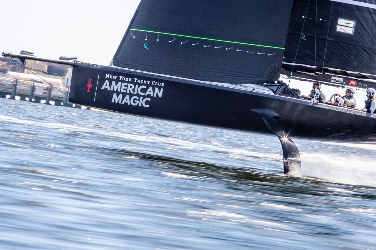 Chiếc du thuyền của New York Yacht Club American Magic (1)