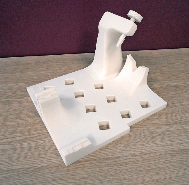 A dedicated CMM fixture is 3D printed for every machined component produced on-site.