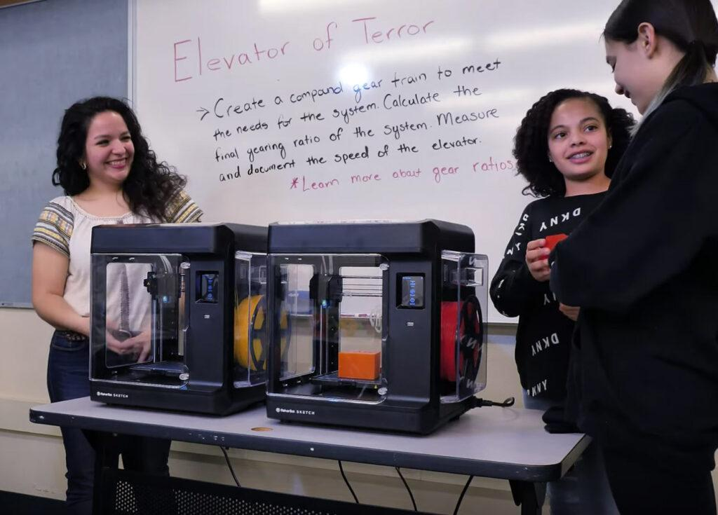 MakerBot SKETCH for reliable classroom learning and prototyping
